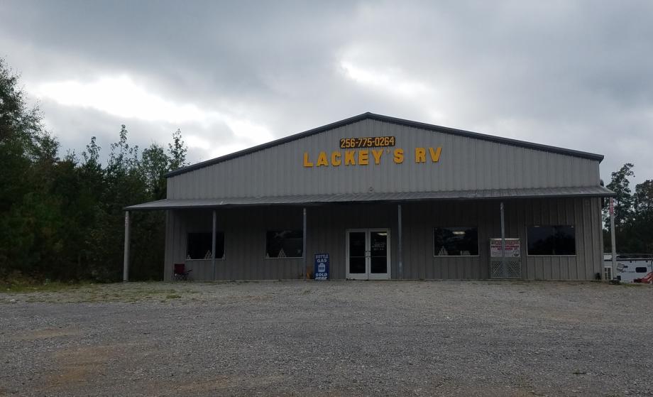 Lackey's RV Service Store Front